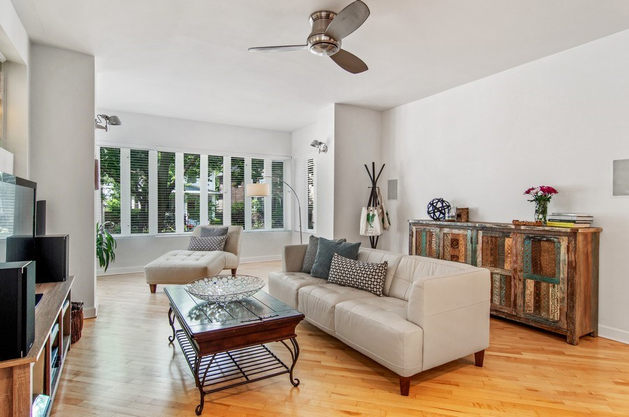 Real Estate Photography - 4039 N Kilbourn, Unit 1S, Chicago, IL, 60641 - Living Room
