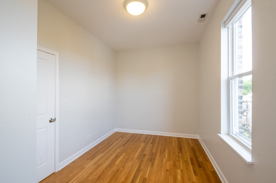 Real Estate Photography - 1312 Artesian, Unit 3R, Chicago, IL, 60622 - 2nd Bedroom