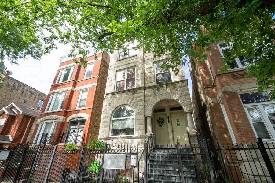 Real Estate Photography - 1312 Artesian, Unit 3R, Chicago, IL, 60622 - Front View