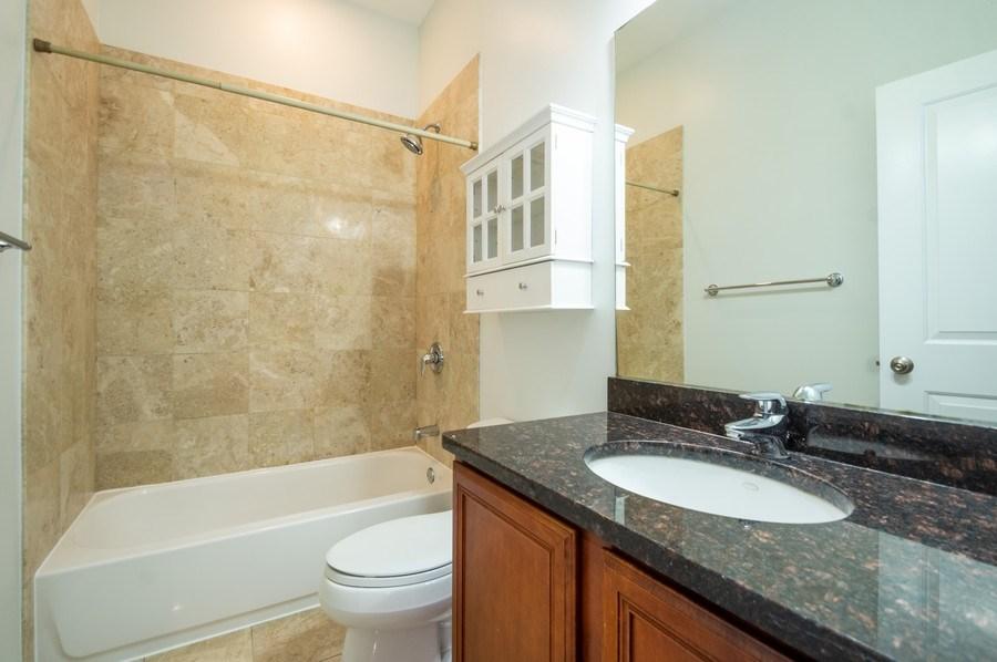 Real Estate Photography - 1312 Artesian, Unit 3R, Chicago, IL, 60622 - Bathroom