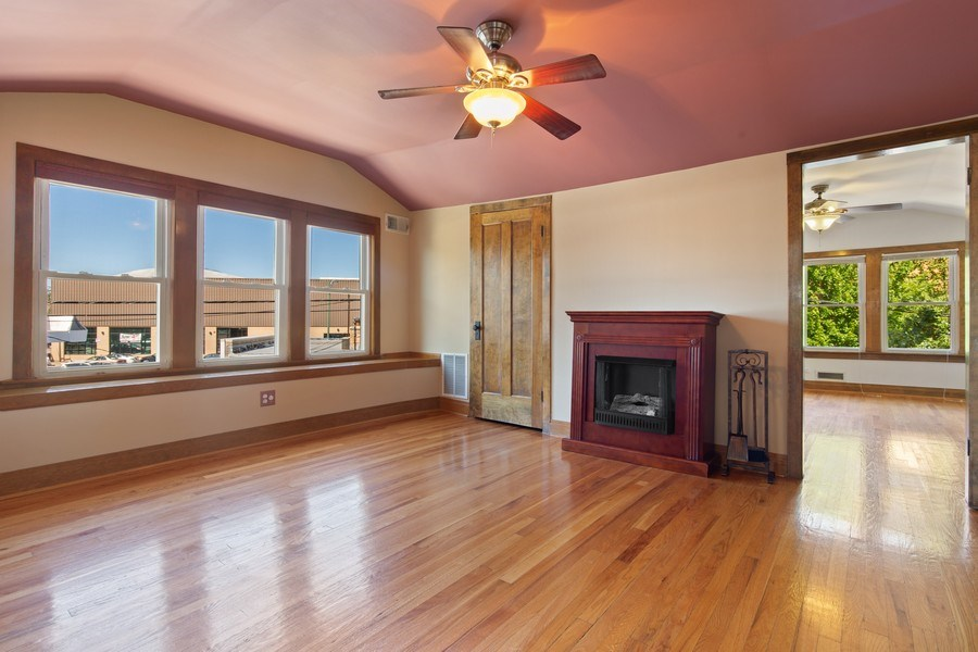 Real Estate Photography - 4638 N Lowell Ave, Chicago, IL, 60630 - Family Room