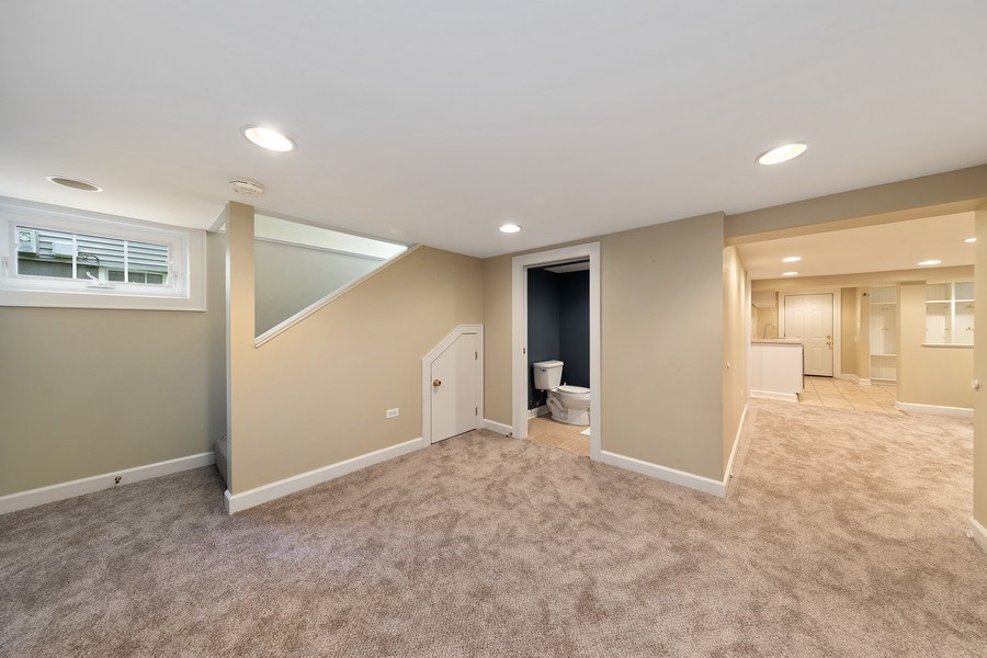 Real Estate Photography - 343 Bryant Ave, Glen Ellyn, IL, 60137 - Lower Level