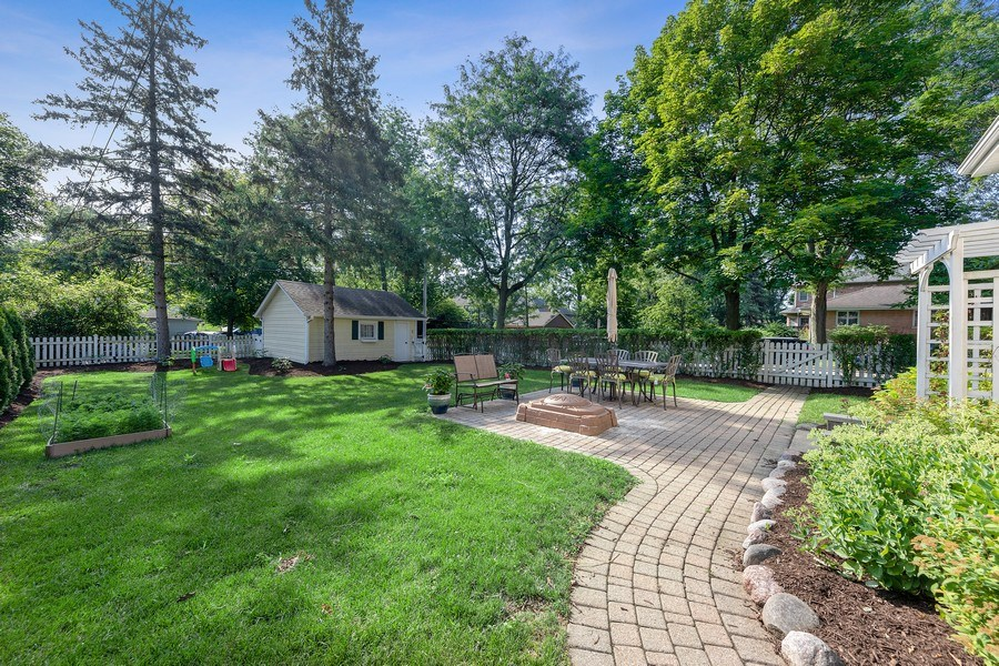 Real Estate Photography - 343 Bryant Ave, Glen Ellyn, IL, 60137 - Back Yard