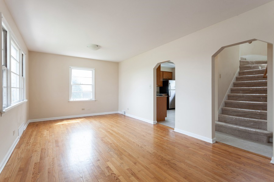Real Estate Photography - 111 Ogden Ave, Clarendon Hills, IL, 60514 - Dining Room