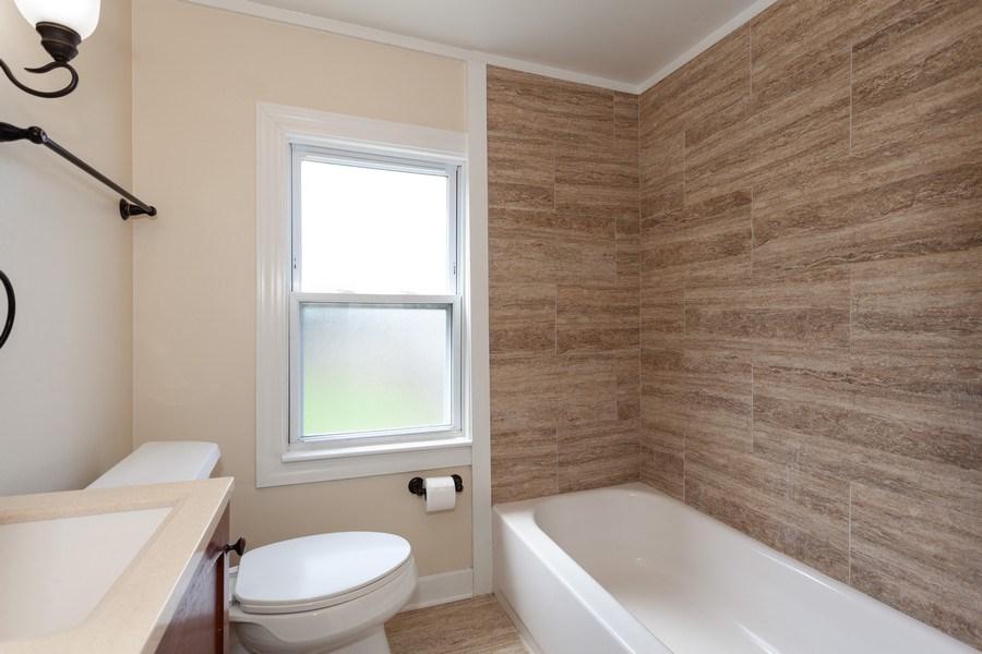 Real Estate Photography - 111 Ogden Ave, Clarendon Hills, IL, 60514 - Bathroom