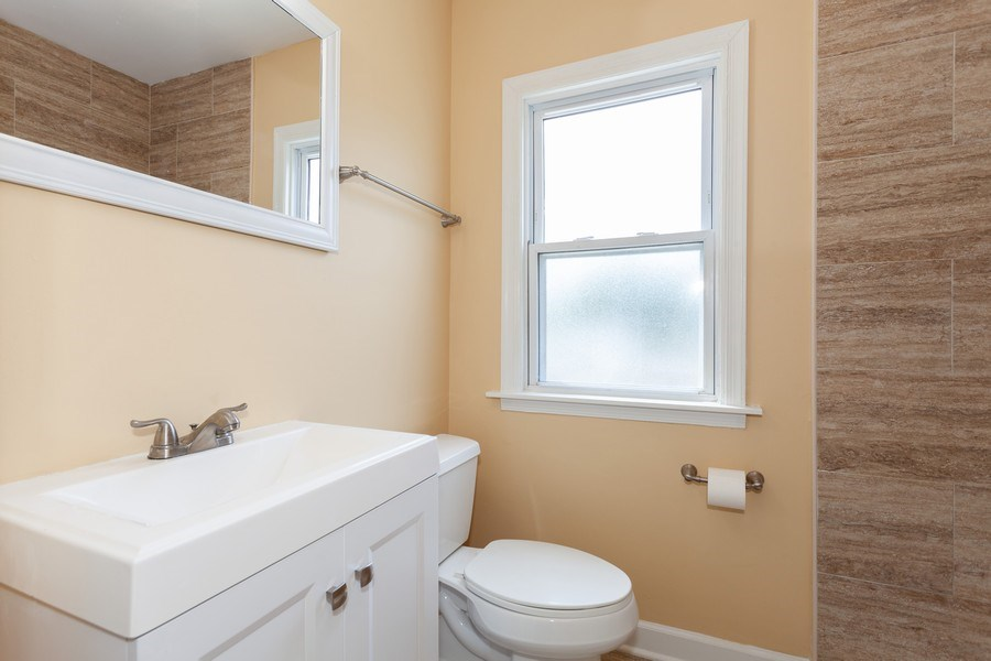 Real Estate Photography - 111 Ogden Ave, Clarendon Hills, IL, 60514 - 2nd Bathroom