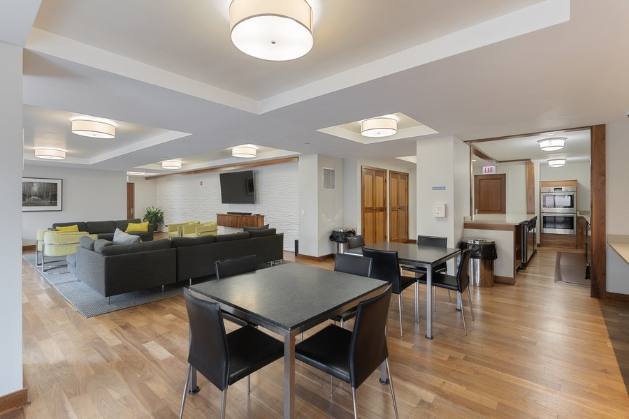 Real Estate Photography - 530 N Lake Shore Dr, Unit 1303, Chicago, IL, 60611 - Lobby