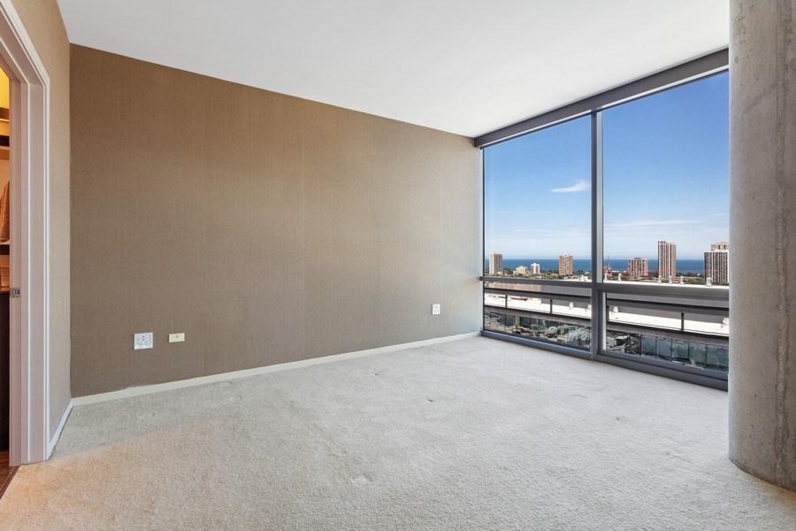 Real Estate Photography - 860 W. Blackhawk St., 2607, Chicago, IL, 60622 -