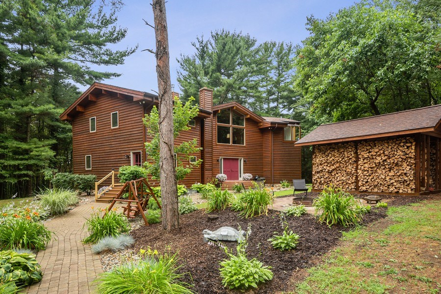 Real Estate Photography - 2126 Wagner Road, Buchanan, MI, 49107 - Front View