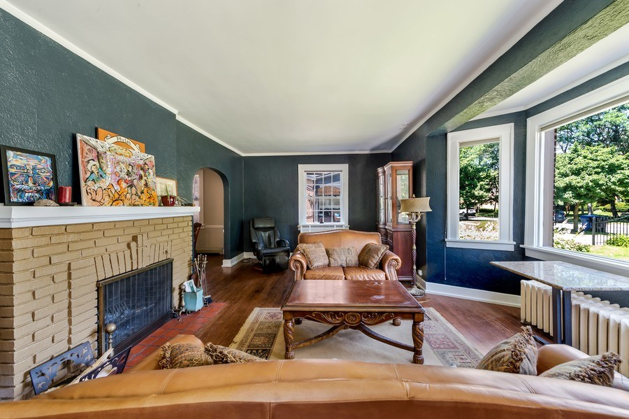 Real Estate Photography - 1969 W. 101st St, Chicago, IL, 60643 - Living Room