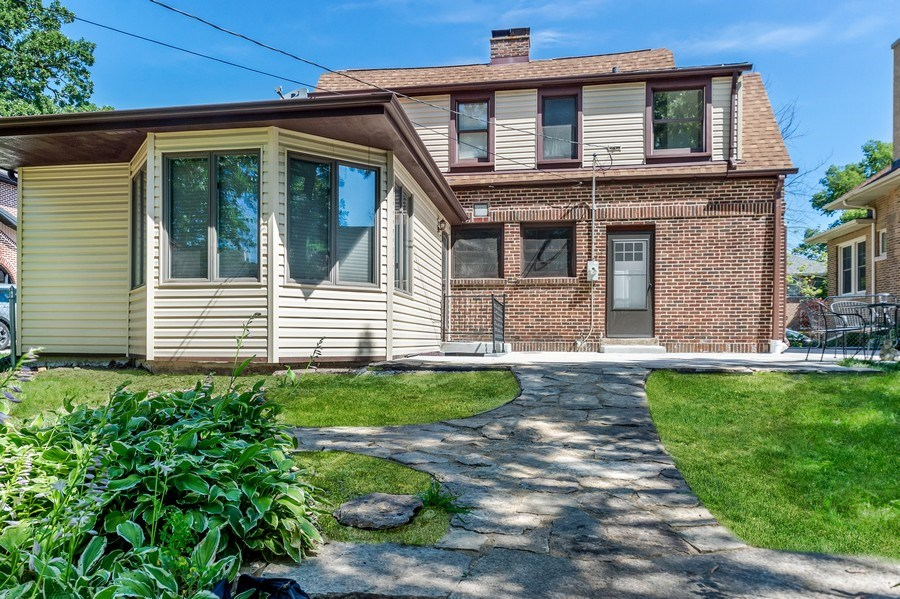 Real Estate Photography - 1969 W. 101st St, Chicago, IL, 60643 - Patio
