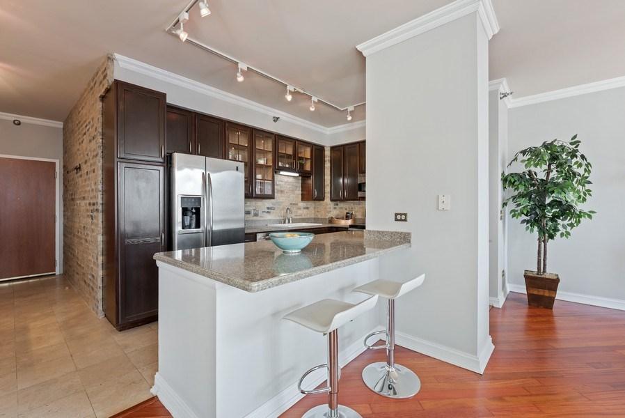Real Estate Photography - 435 West Erie Unit 1007, Chicago, IL, 60654 - Kitchen