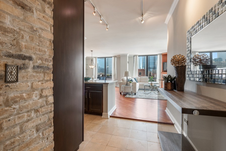 Real Estate Photography - 435 West Erie Unit 1007, Chicago, IL, 60654 - Entryway