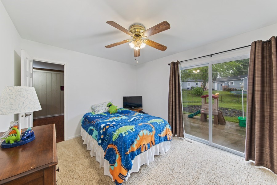 Real Estate Photography - 105 s Maxon ln, Streamwood, IL, 60107 - 2nd Bedroom