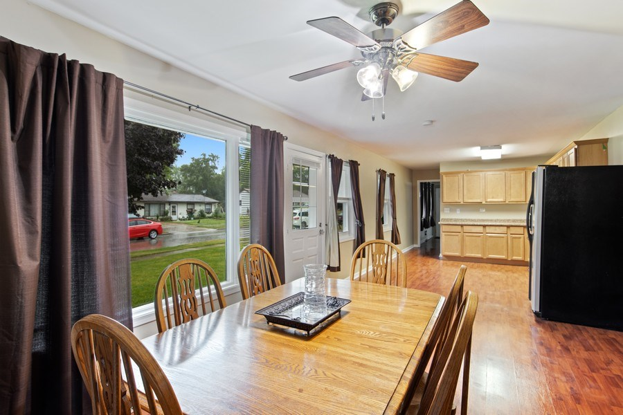 Real Estate Photography - 105 s Maxon ln, Streamwood, IL, 60107 - Kitchen / Dining Room
