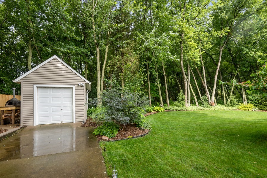 Real Estate Photography - 5532 Pioneer Avenue, St. Joseph, MI, 49085 - Side View