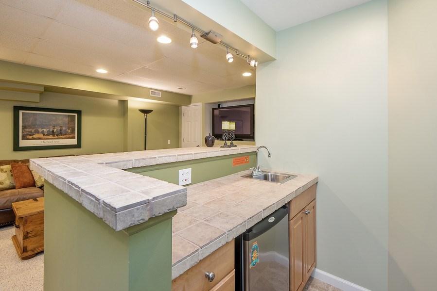 Real Estate Photography - 5532 Pioneer Avenue, St. Joseph, MI, 49085 - Bar