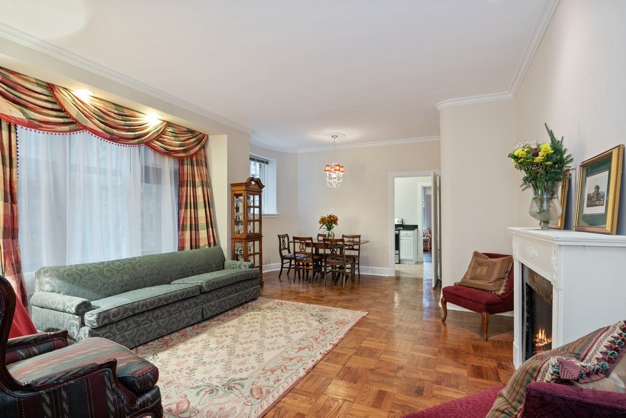 Real Estate Photography - 222 E Chestnut St, Unit 7D, Chicago, IL, 60611 - Living Room