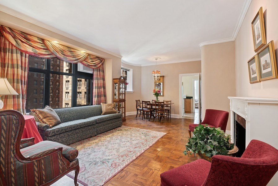 Real Estate Photography - 222 E Chestnut St, Unit 7D, Chicago, IL, 60611 - Living Room / Dining Room