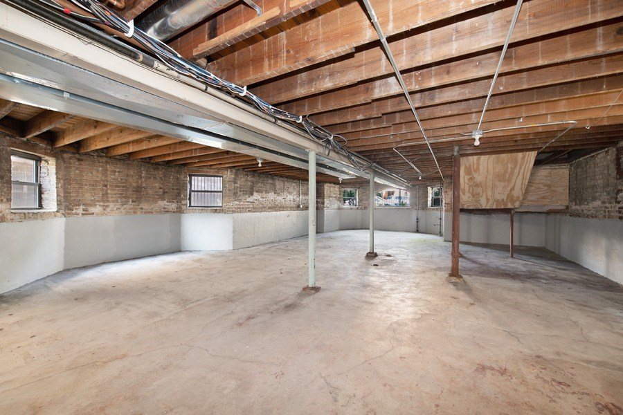 Real Estate Photography - 6118 N. Campbell Avenue, Chicago, IL, 60659 - Basement