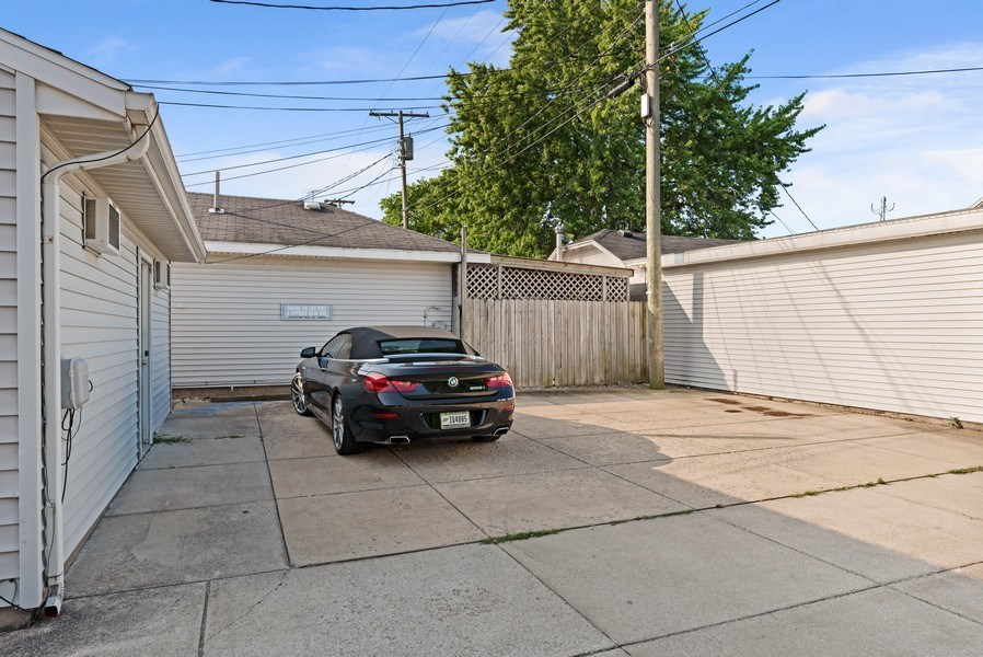 Real Estate Photography - 26 N Whittaker St, New Buffalo, MI, 49117 - Parking Area