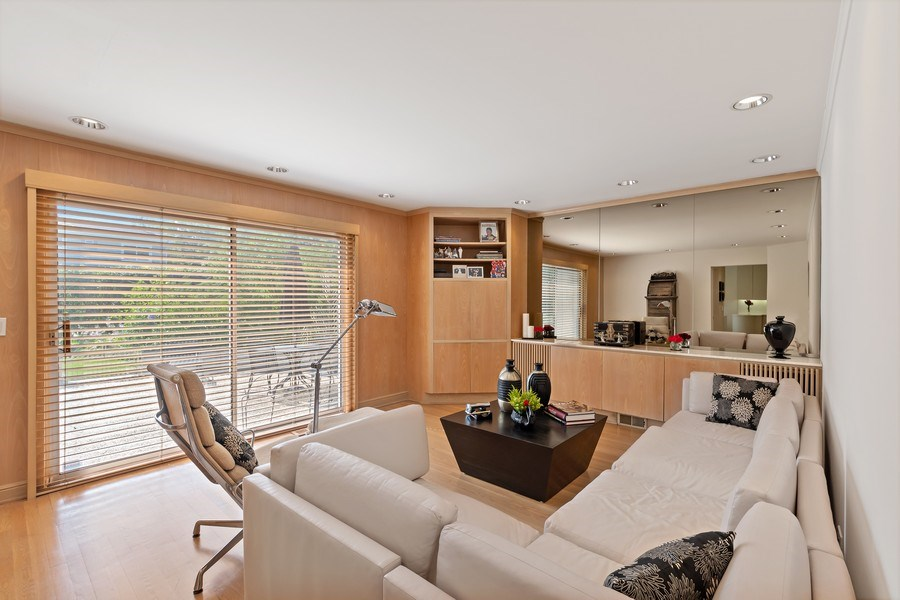 Real Estate Photography - 1682 Cavell, Highland Park, IL, 60035 - Family Room