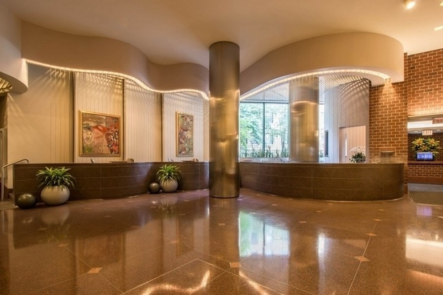 Real Estate Photography - 3660 N Lake Shore Dr, Chicago, IL, 60613 - Lobby