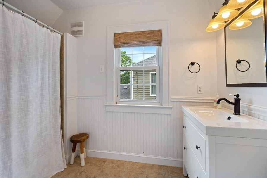 Real Estate Photography - 614 Division St, Barrington, IL, 60010 - 2nd Bathroom