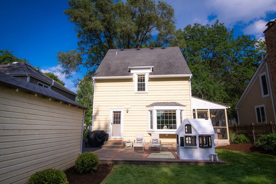 Real Estate Photography - 614 Division St, Barrington, IL, 60010 -