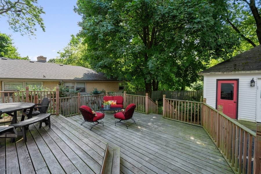 Real Estate Photography - 315 W Lincoln Ave, Barrington, IL, 60010 - Deck