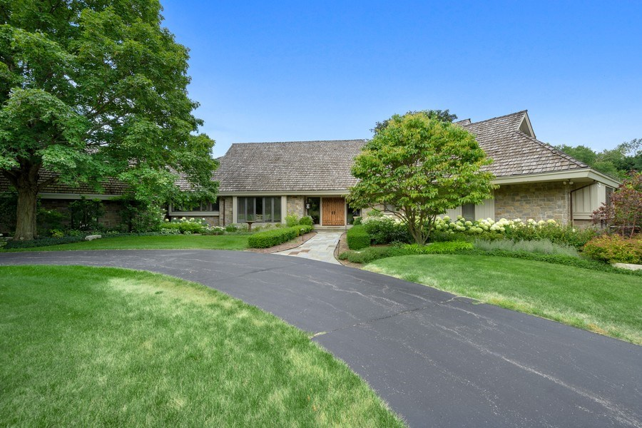 Real Estate Photography - 82 Paganica, Barrington Hills, IL, 60010 - Front View