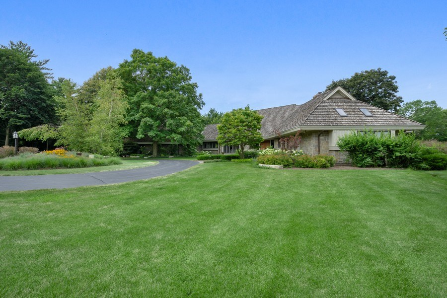 Real Estate Photography - 82 Paganica, Barrington Hills, IL, 60010 - Side View