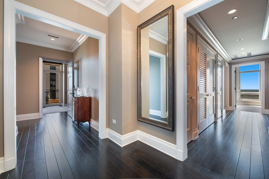 Real Estate Photography - 2550 N Lakeview, S2501, Chicago, IL, 60614 - Gallery