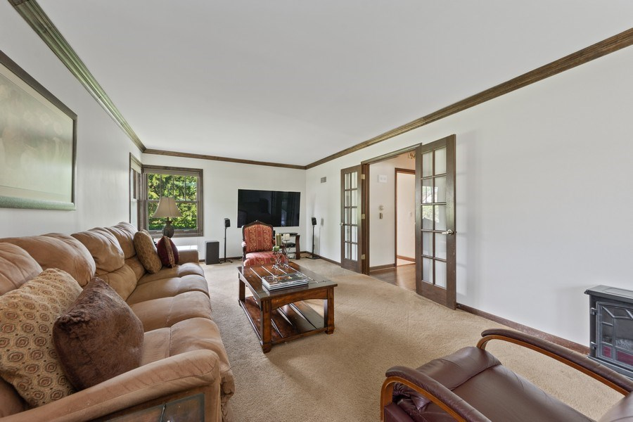 Real Estate Photography - 408 E Thomas, Arlington Heights, IL, 60004 - Family Room