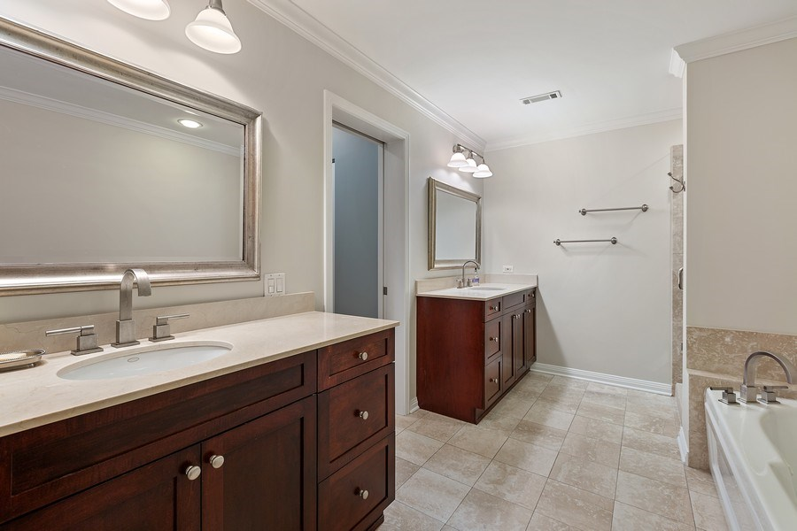 Real Estate Photography - 1414 N Wells, #207, Chicago, IL, 60610 - Master Bathroom