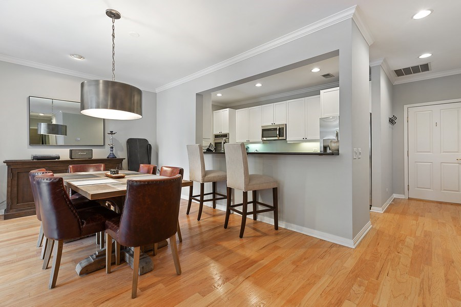 Real Estate Photography - 1414 N Wells, #207, Chicago, IL, 60610 - Kitchen / Dining Room