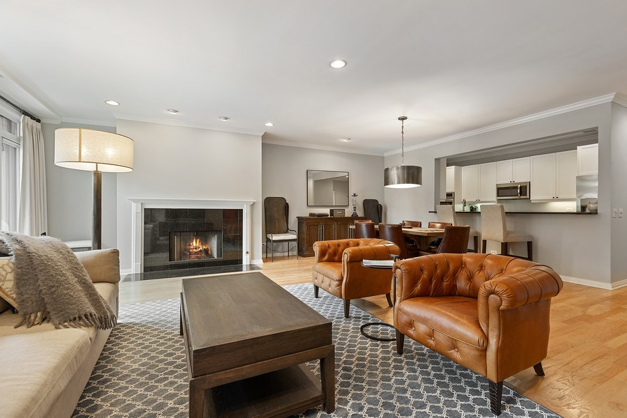 Real Estate Photography - 1414 N Wells, #207, Chicago, IL, 60610 - Living Room / Dining Room