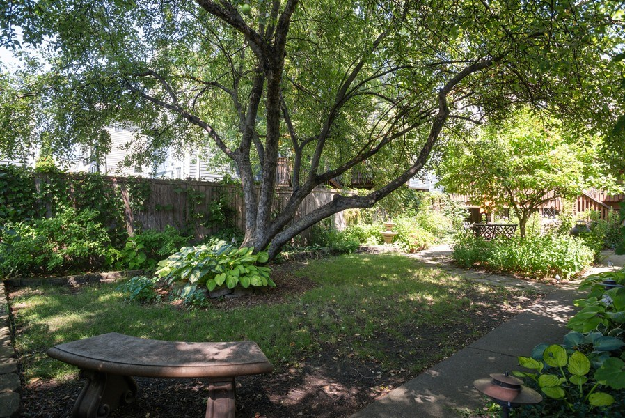 Real Estate Photography - 4108 N Oakley, Chicago Ill, IL, 60618 - Back Yard