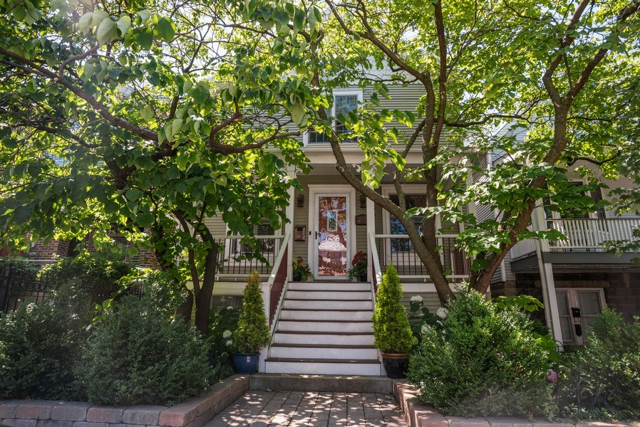 Real Estate Photography - 4108 N Oakley, Chicago Ill, IL, 60618 - Front View