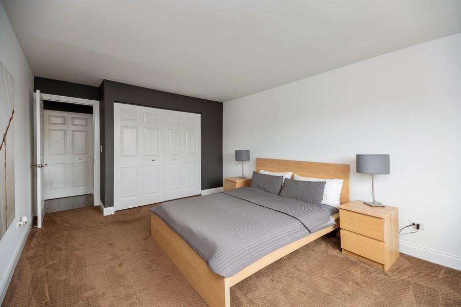 Real Estate Photography - 2424 E Oakton st, unit 4e, Arlington Heights, IL, 60005 - Master Bedroom