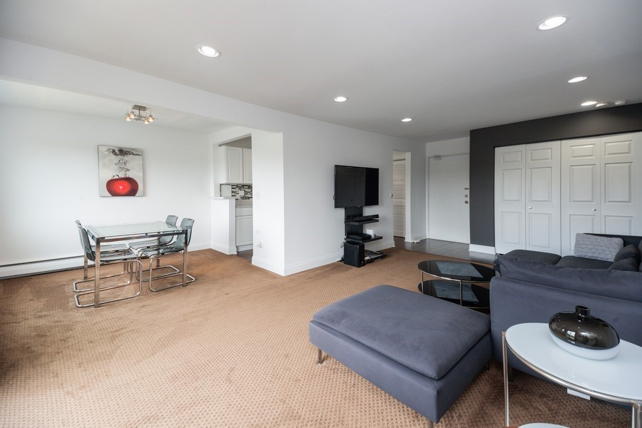 Real Estate Photography - 2424 E Oakton st, unit 4e, Arlington Heights, IL, 60005 - Living Room / Dining Room