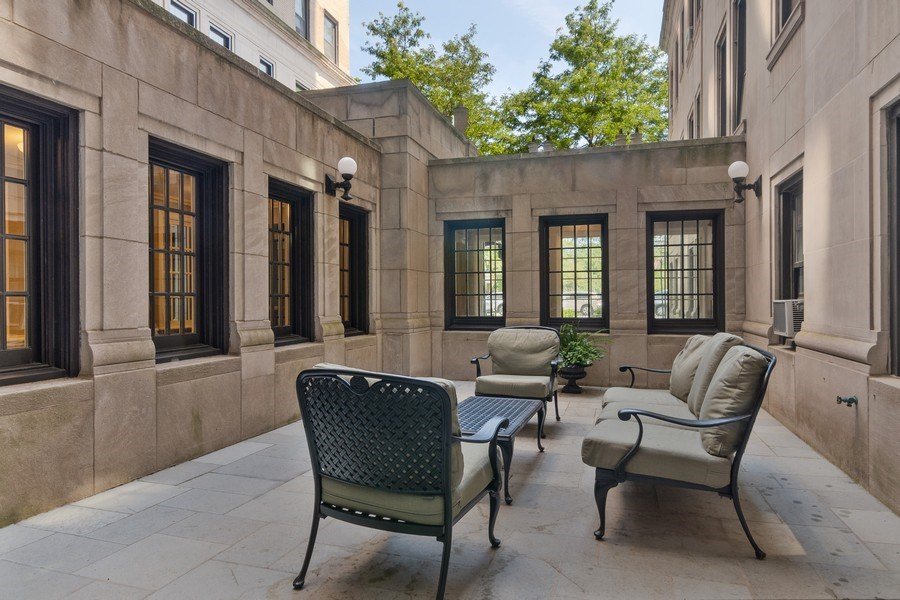 Real Estate Photography - 3520 N Lake Shore Drive, unit 3K, Chicago, IL, 60657 - Courtyard