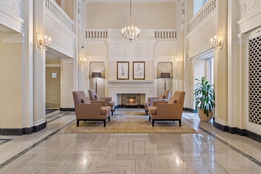Real Estate Photography - 3520 N Lake Shore Drive, unit 3K, Chicago, IL, 60657 - Lobby