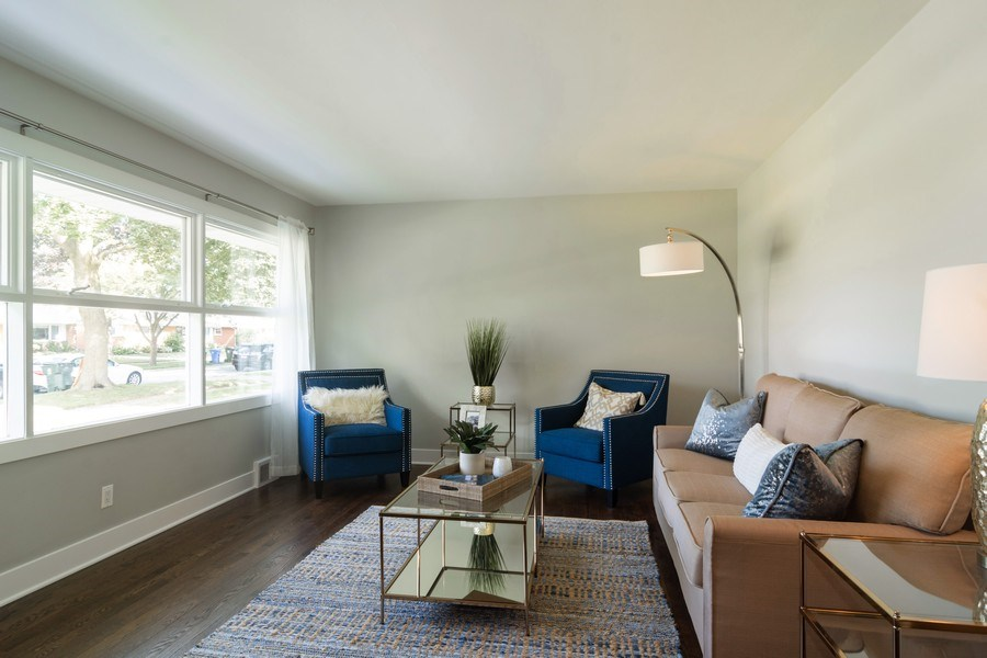 Real Estate Photography - 605 N Wille St, Mount Prospect, IL, 60056 - Living Room
