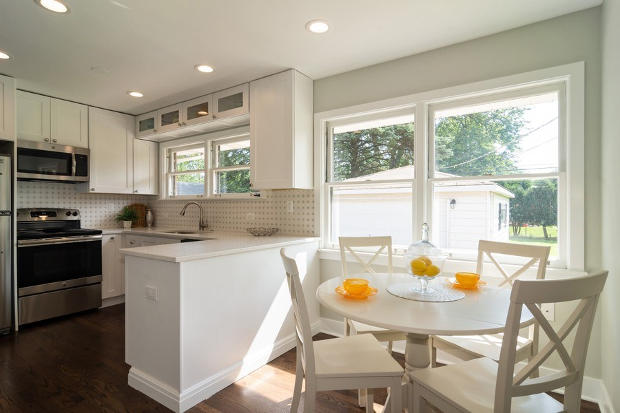 Real Estate Photography - 605 N Wille St, Mount Prospect, IL, 60056 - Kitchen / Breakfast Room