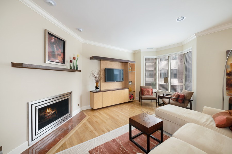 Real Estate Photography - 1740 N. Clark #1730, Chicago, IL, 60614 - Living Room