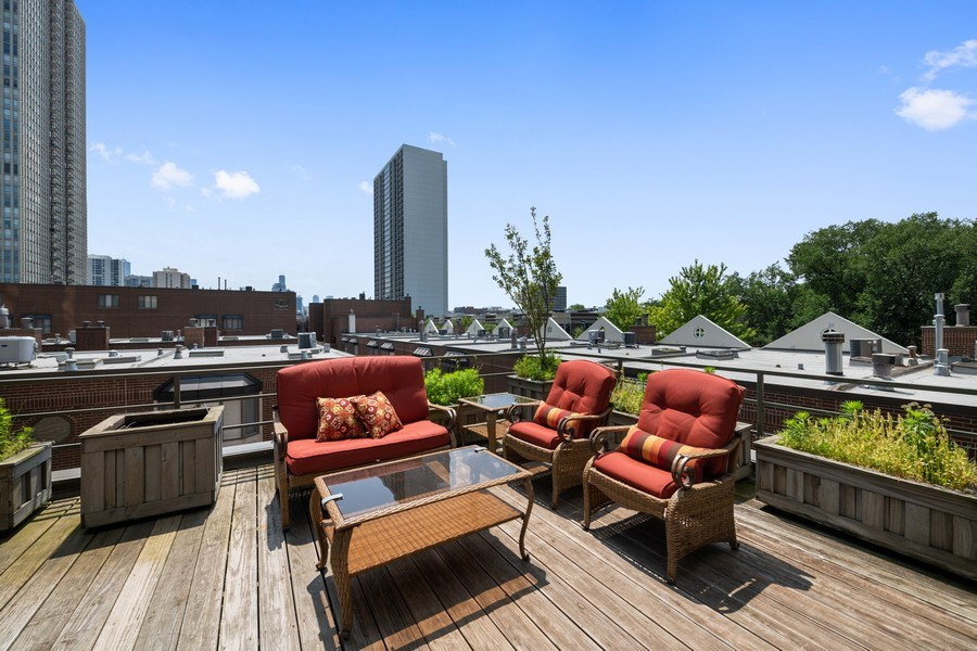 Real Estate Photography - 1740 N. Clark #1730, Chicago, IL, 60614 - Roof Deck