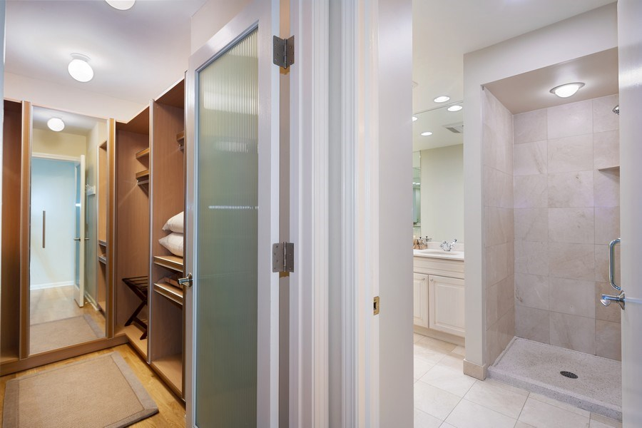 Real Estate Photography - 1740 N. Clark #1730, Chicago, IL, 60614 - Master Suite