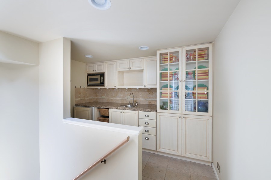 Real Estate Photography - 1740 N. Clark #1730, Chicago, IL, 60614 - Penthouse Wet Bar