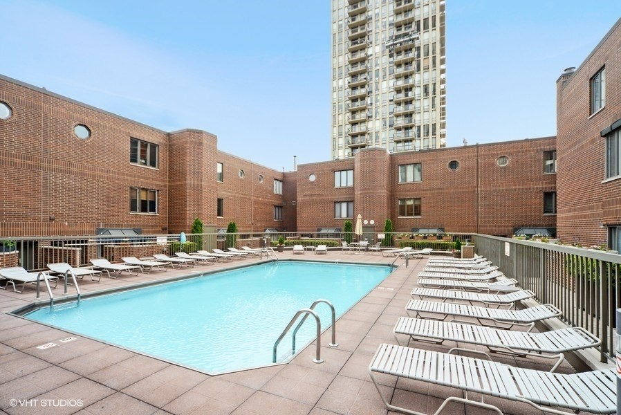 Real Estate Photography - 1740 N. Clark #1730, Chicago, IL, 60614 -